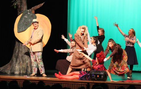"""The Acting Troupe of Lambert's preview of """"James and the Giant Peach"""""""