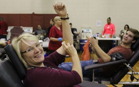 Students and teachers give blood for HOSA blood drive