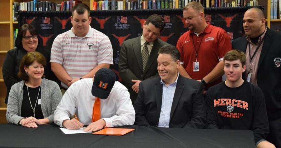 Cliff Snyder, football, signs with Mercer University