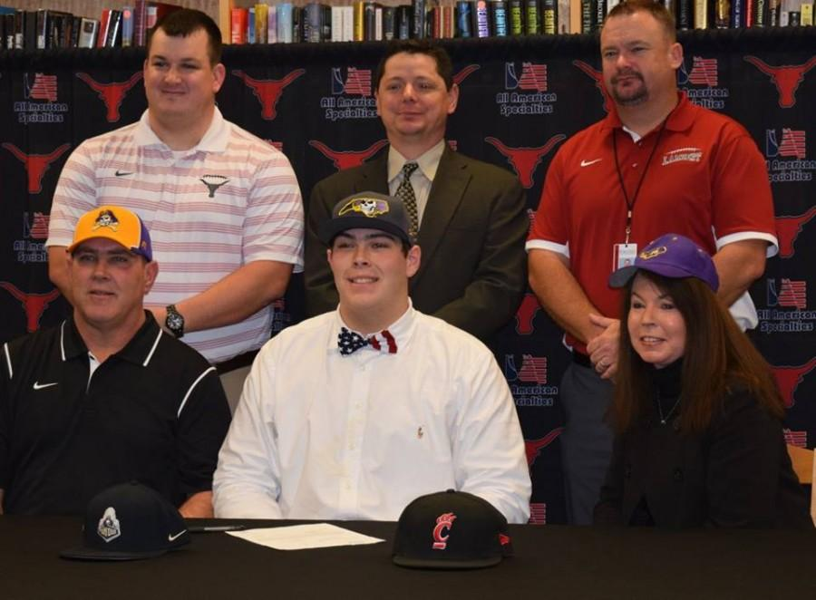 Sean Bailey, football, signs with East Carolina University