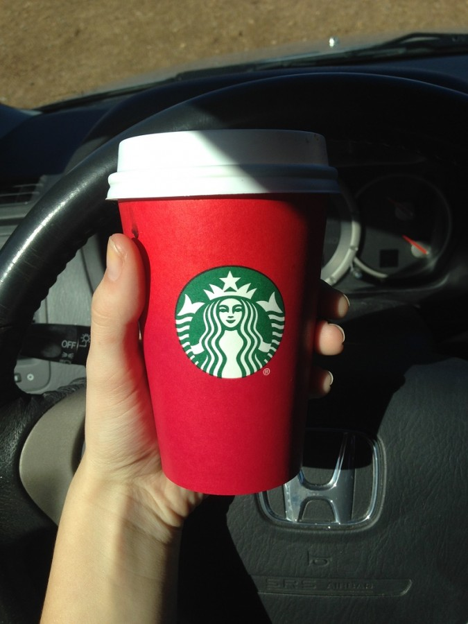 Starbucks' new holiday cup hosts a minimalist look, much to customers' disappointment.