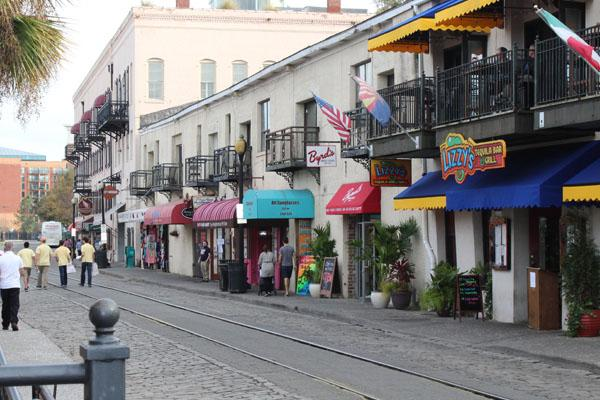 Savannah's River Street is filled with an assortment of shops and restaurants. The street is most famous for its candy store, River Street Sweets. During their free time, Lambert Beta Convention members stroll around and shop.