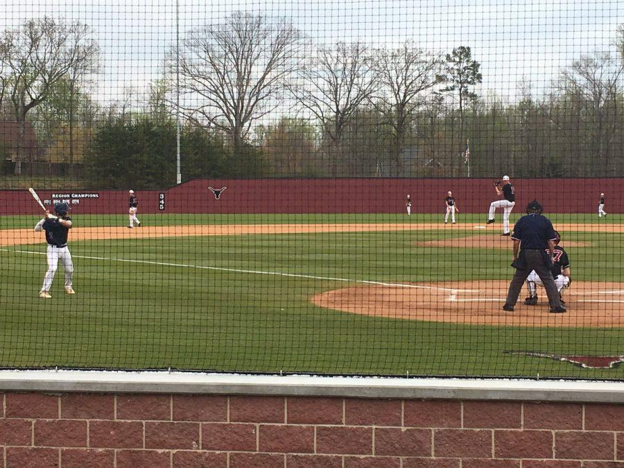Lambert splits baseball games with West Forsyth