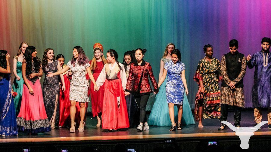 fashion-show-intl-night